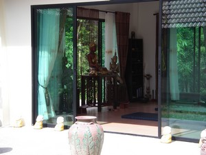 ananta guesthouse in the meditation center of krabi. Black Bedroom Furniture Sets. Home Design Ideas